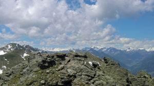 Blick vom Gipfel in Richtung Venedigergruppe