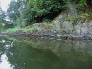 Lahn kanutour Ufer felsen