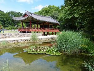 Pilgern Elisabethpfad Grüneburgpark tempel