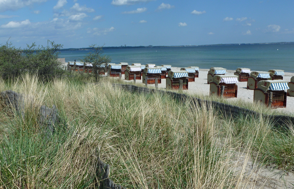 Strandkörbe an der Lübecker Bucht