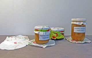 Marmeladenglas dekorieren