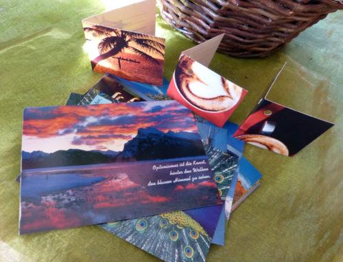 Postkarten Recycling – Geschenkanhänger selber machen