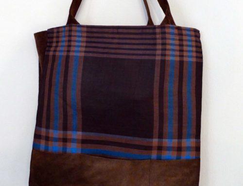 Recycling Tasche aus Karostoff und Lederresten