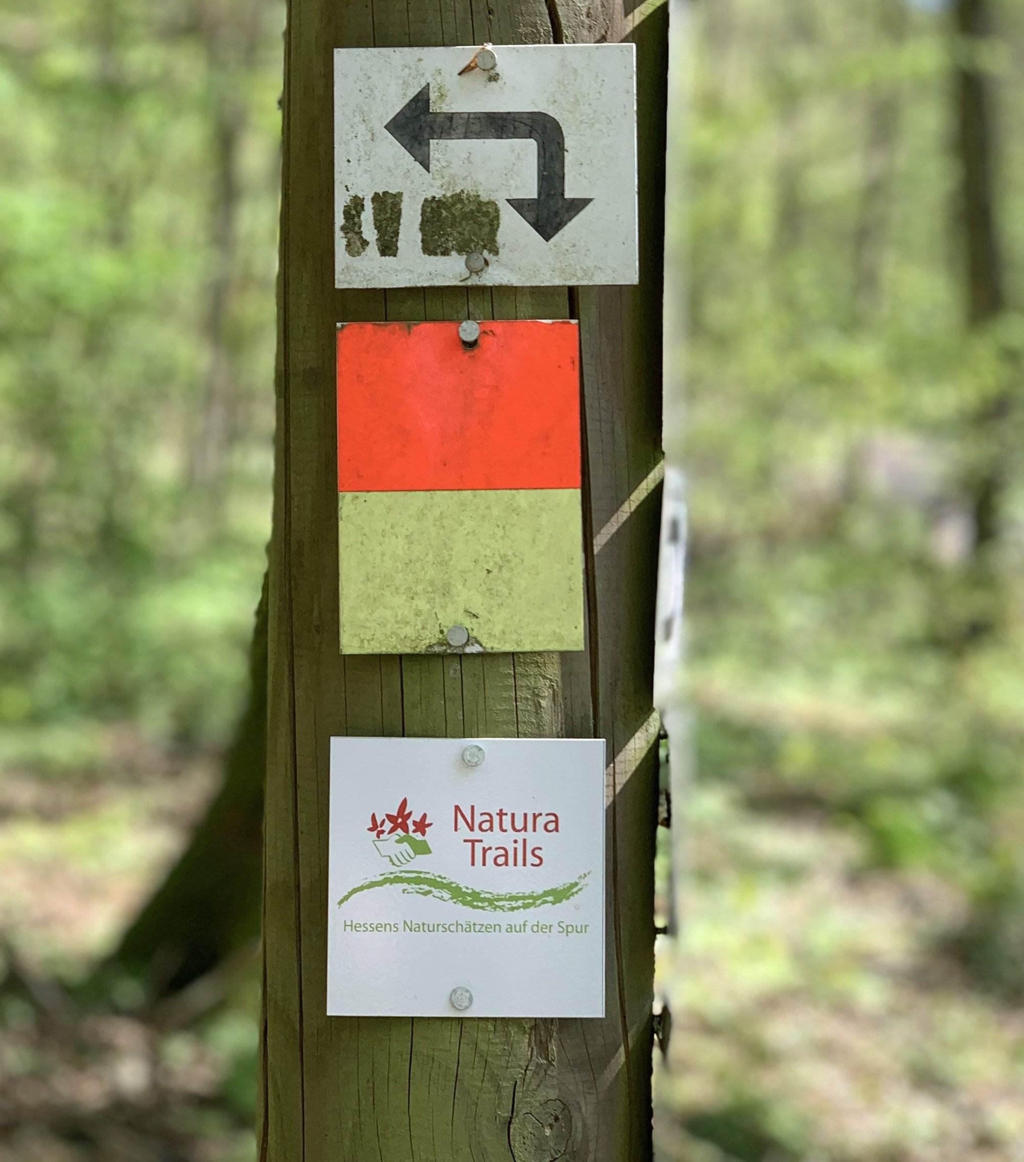 Rundwanderweg Natur Trail Taunus Schild